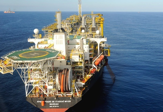 In October oil and gas production in Brazil reached 3,792 MMboe / d and the pre-salt participated with 2,394 MMboe / d