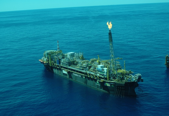 Petrobras reports on event at P-50